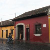 guatemala-antigua-school-01